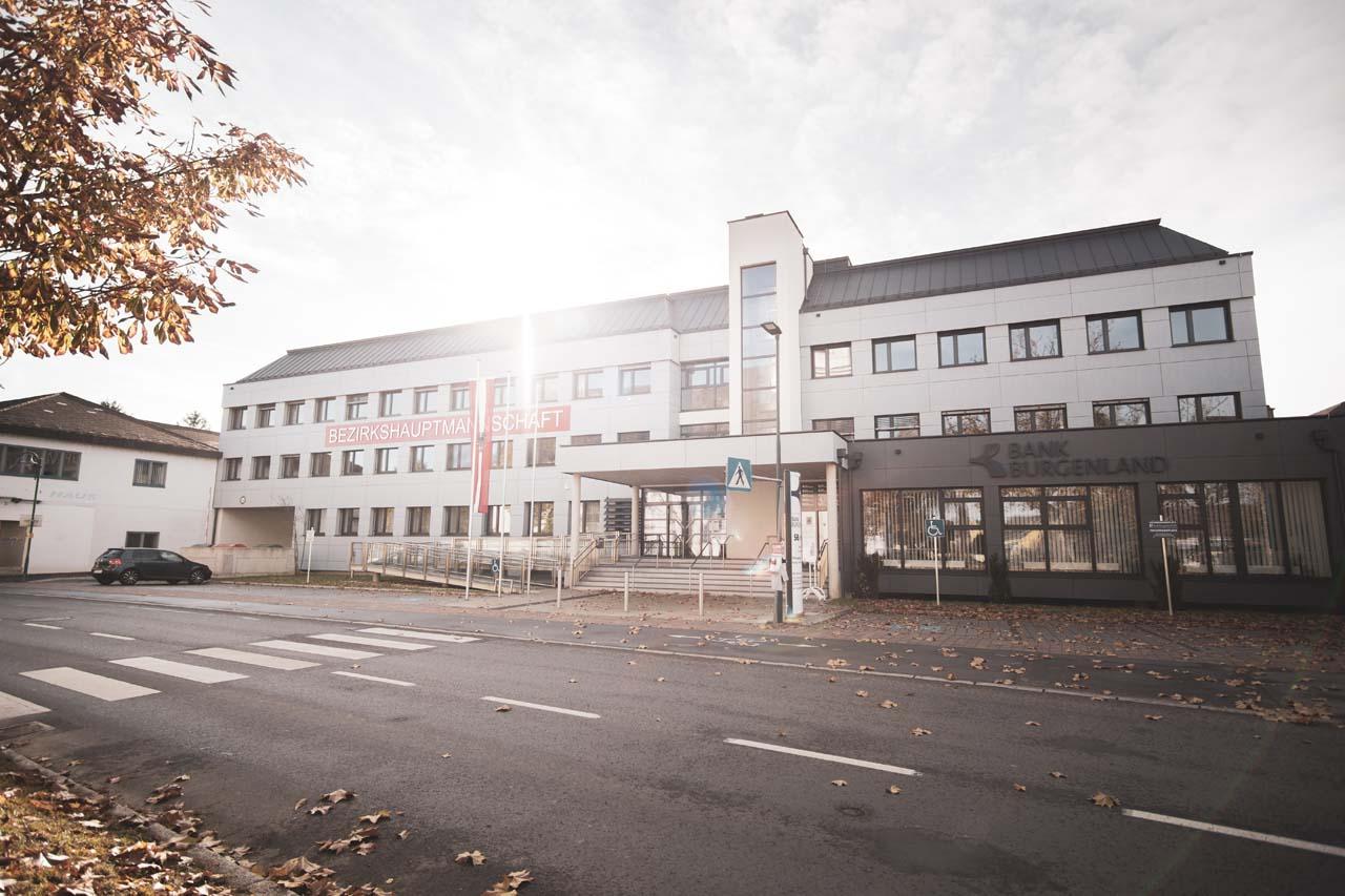 Jennersdorf, Burgenland: Links und Amtshelfer