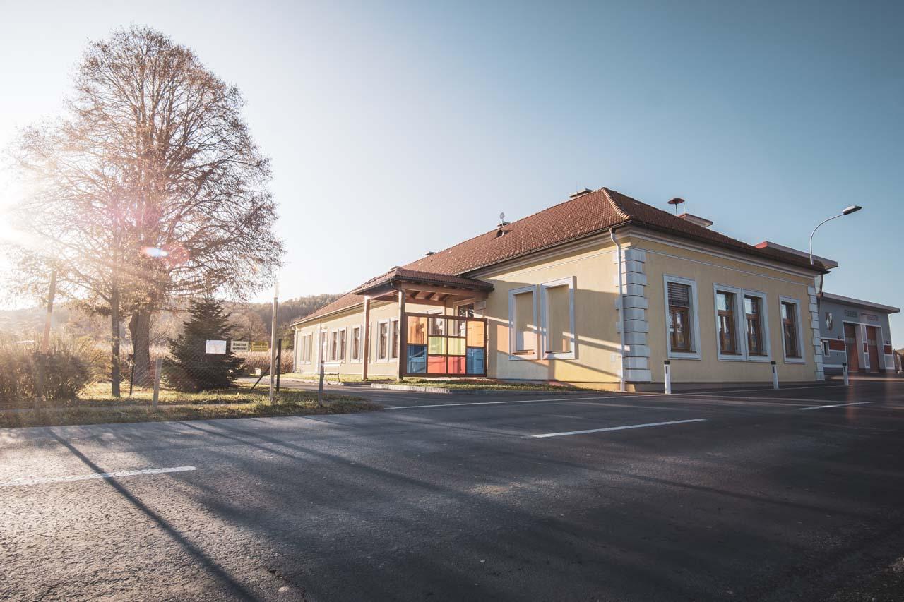 Volksschule_Grieselstein
